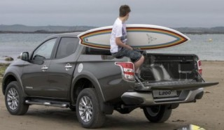 Mitsubishi L200 loadbed open trimmed