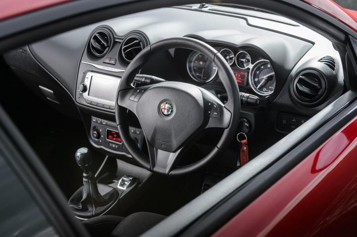 Alfa MiTo inside front MY14