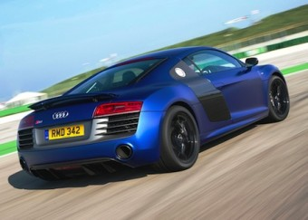 Audi R8 V10 PLUS rear action
