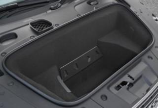 Audi R8V10 front boot