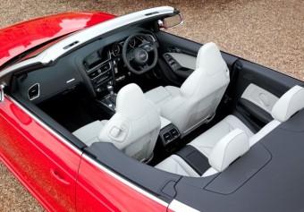 Audi RS5 Cabrio cabin