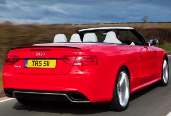 Audi RS5 Cabrio rear action