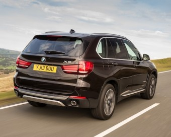 BMW X5 rear side action