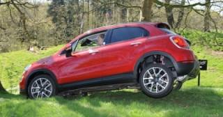 Fiat 500X action side articulation med