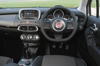 Fiat 500X static inside front