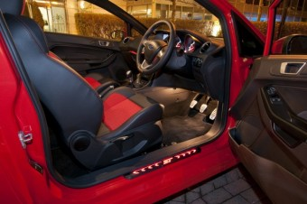 Ford Fiesta ST night interior