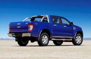 Ford Ranger Double Cab rear side
