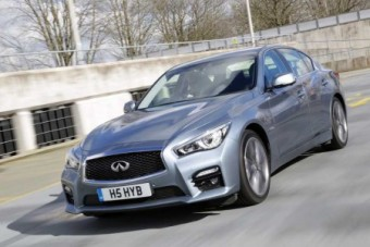 Infiniti Q50 front action