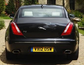 Jaguar XJ back static