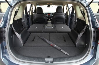Kia Carens loadbed extended