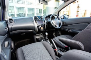 Nissan Note n tec front interior