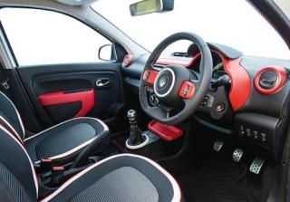 Renault Twingo front interior