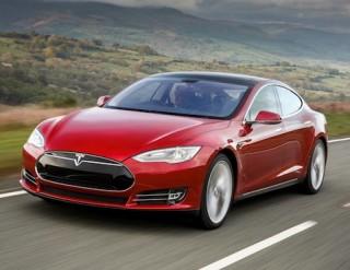 Tesla Model S side front action