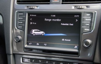 VW e Golf infoscreen range