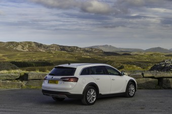 Vauxhall Insignia CT back and side
