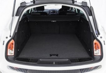 Vauxhall Insignia CT loadbed open