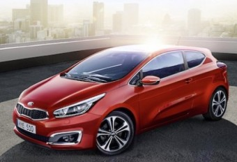 2016 Kia pro Ceed front side med