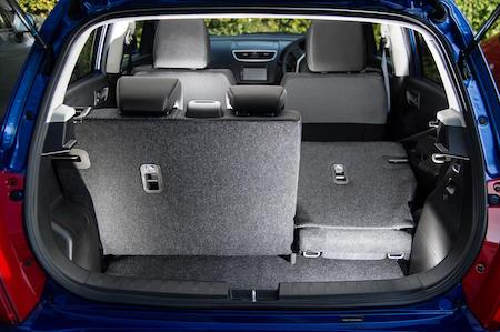 Split folding back seats, small bootspace