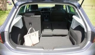 SEAT Leon FR bootspace