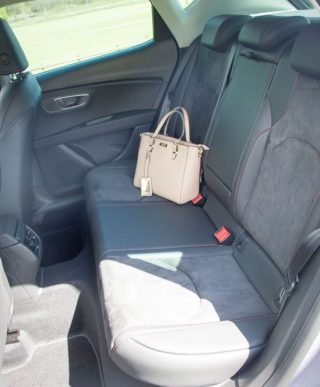 SEAT Leon FR rear seat