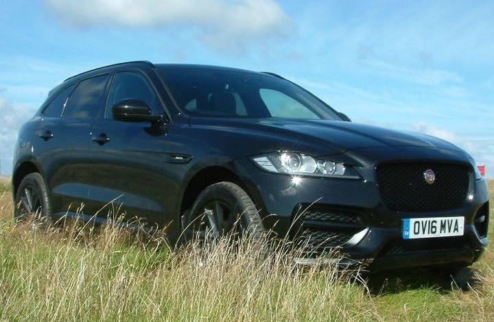 Ultimate Black makes Jaguar F-Pace eyecatching