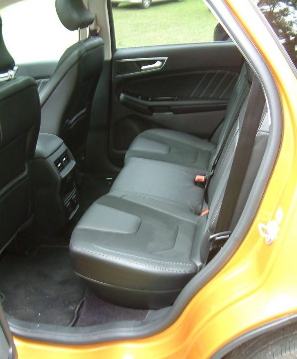 edge180sport-in-back-seats