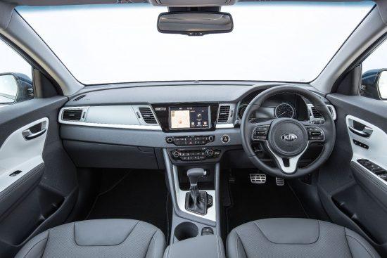 kia-niro-front-interior