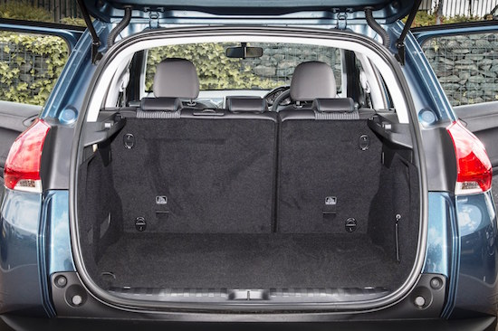 peugeot-2008-new-allure-versatile-load-area