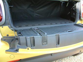 smart-fortwo-cabrio-rear-boot