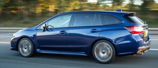 Subaru Levorg side action