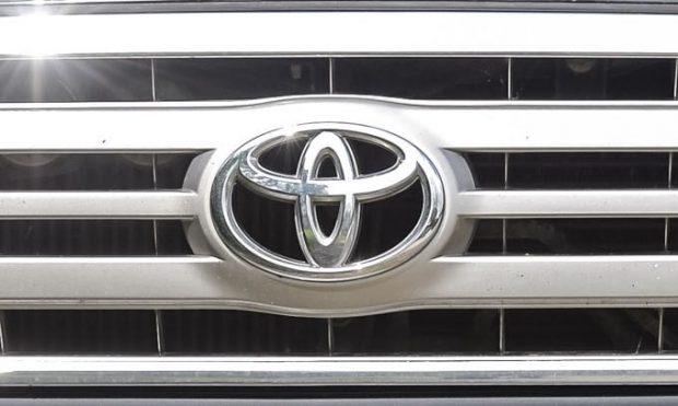 Toyota take top cars crown