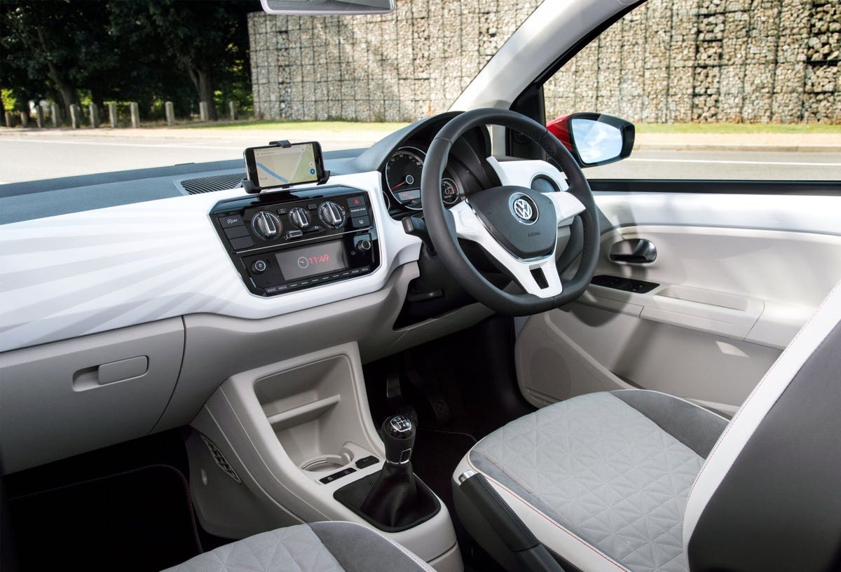 weekend roadtest vw up beats 90ps wheels within wales. Black Bedroom Furniture Sets. Home Design Ideas