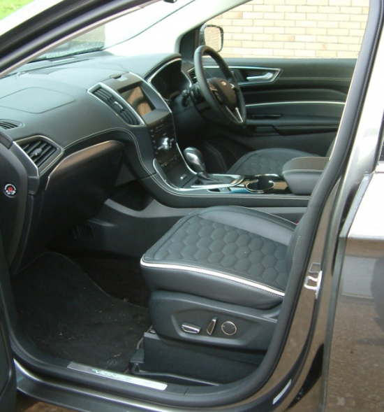 The High Specification Vignale Autobox And Trim Adds Luxury Kit Including Diamond Pattern Leather Seats And Slightly Raised The Kerb Weight But It Has Not