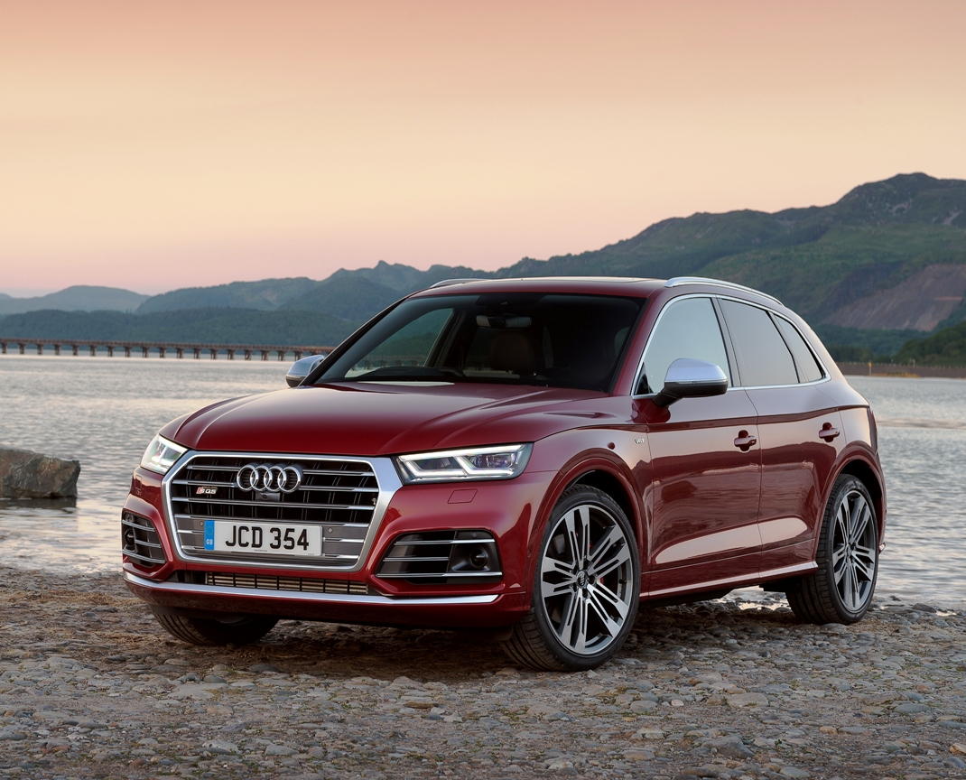 sunday drive audi sq5 3 0 tfsi quattro wheels within wales. Black Bedroom Furniture Sets. Home Design Ideas