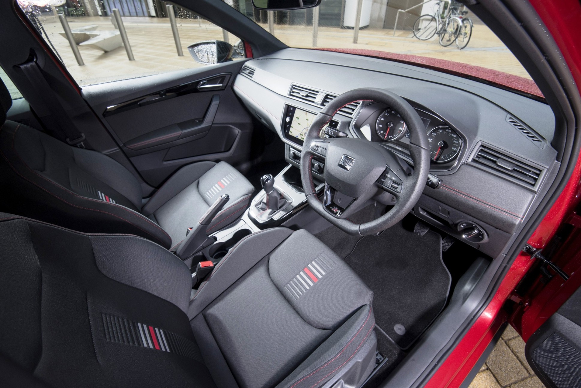 Seat arona adds to choice and confusion wheels within wales for Interior seat arona
