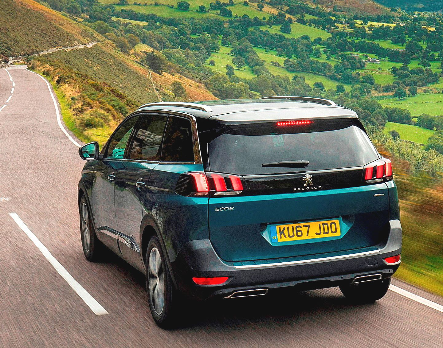 sunday drive peugeot 5008 gt line 2 0d wheels within wales. Black Bedroom Furniture Sets. Home Design Ideas