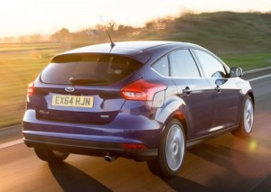 Ford Focus 2015 action rear med