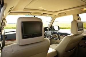 Mitsubishi Shogun LWB interior rear