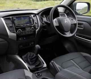 Mitsubishi L200 inside front trimmed