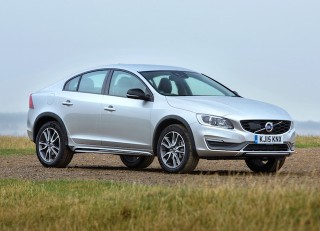 Volvo S60 Cross Country saloon side front