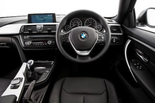 BMW 4 Series Gran Coupe front interior