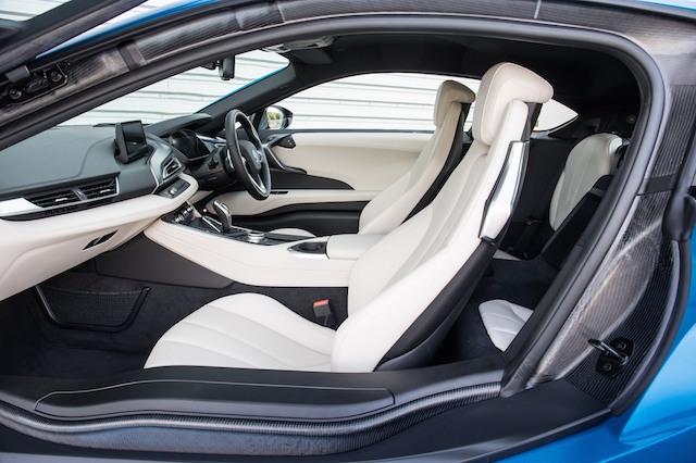 BMW i8 doors open