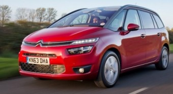 Citroen Grand C4 Picasso side front action med