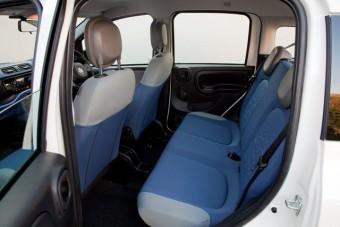 Fiat Panda back seat med