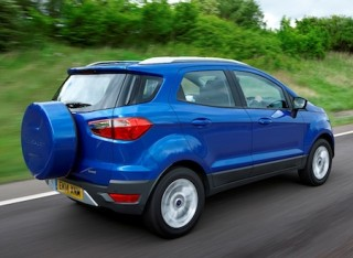 Ford EcoSport side rear action