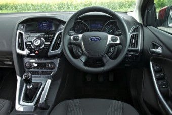 Ford Focus fascia