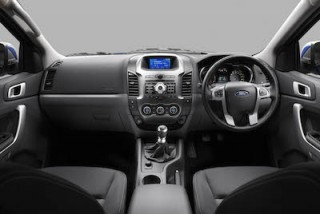 Ford Ranger front interior 1