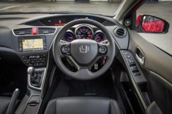 Honda Civic Tourer fascia mid