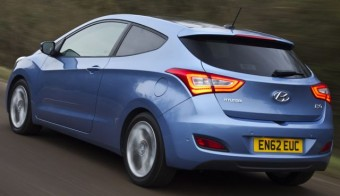 Hyundai i30 3dr rear action lane