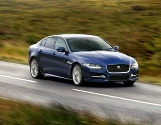 Jaguar XE front action